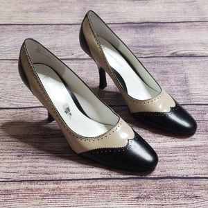 Etienne Aigner 8M leather heels